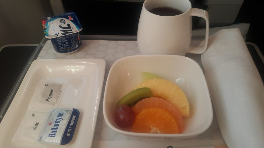 ニュージーランド航空 プレミアムエコノミー 成田オークランド間 機内食朝食