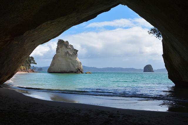 ニュージーランド カセドラルコーブ