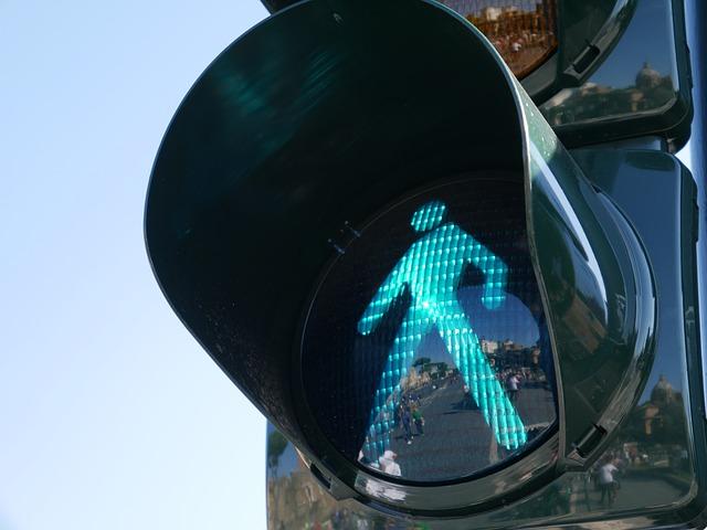 ニュージーランド 歩行者 横断歩道信号